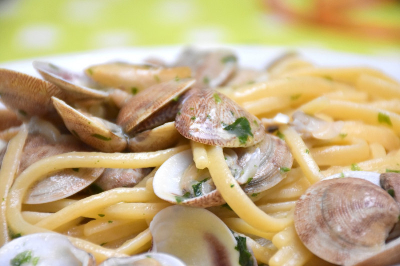 tagAlt.Handmade Tagliolini with Fresh Clams and Bottarga