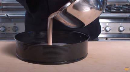 tagAlt.chestnut cake batter